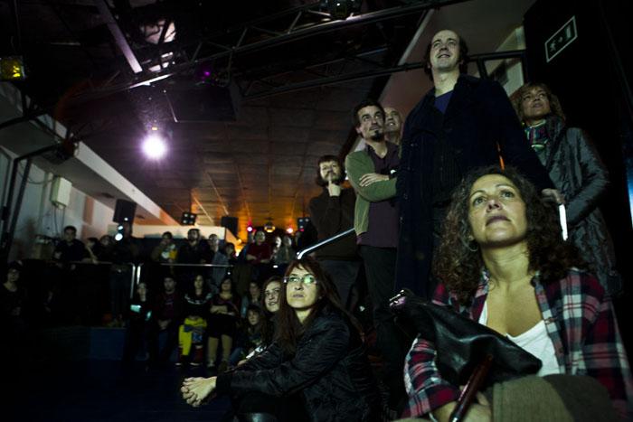 O público sigue atento as intervencións no Off Culturgal