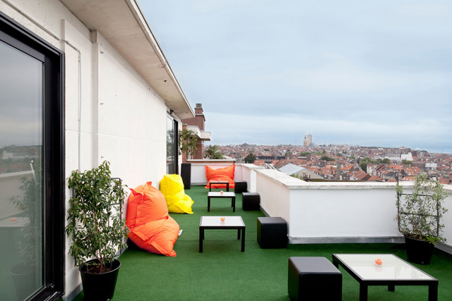 Pantone Hotel terraza