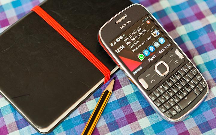 Nokia Asha 303, Análise