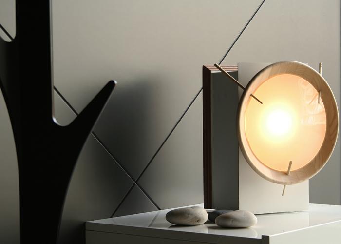 A lámpada Facho inspírase nas antigas lanternas de carburo