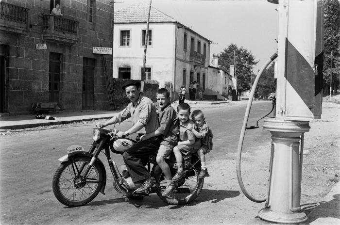Fermín, Avelino, Bautista e Pepiño, Soutelo de Montes, 1957