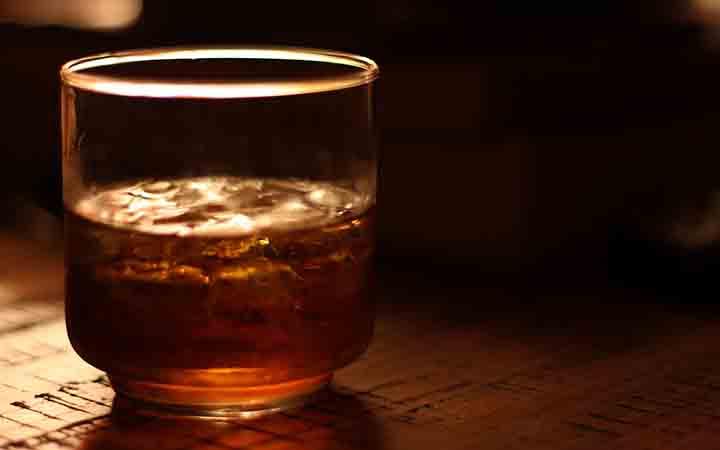 As reservas mundiais de whisky están a esgotarse e os hipsters teñen a culpa