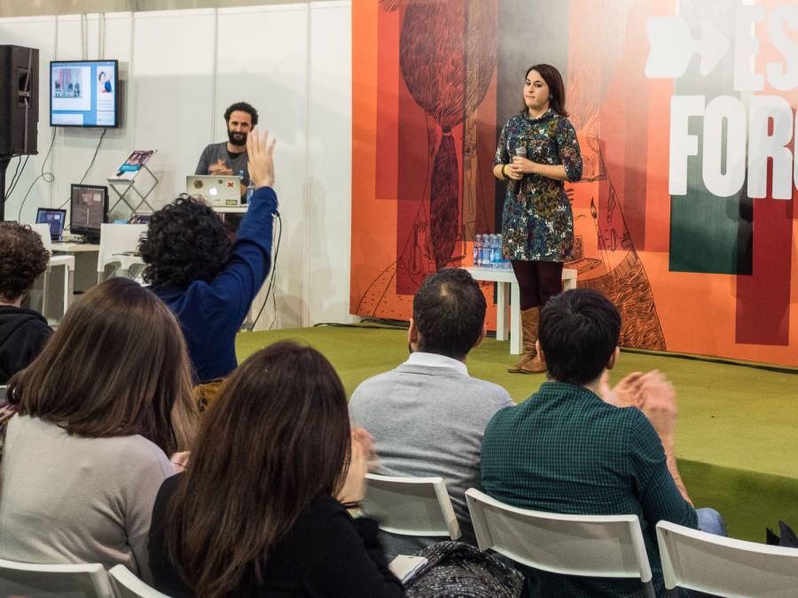 Celia Parra presenta Versogramas