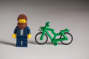 Xa están aquí: os hipsters de LEGO