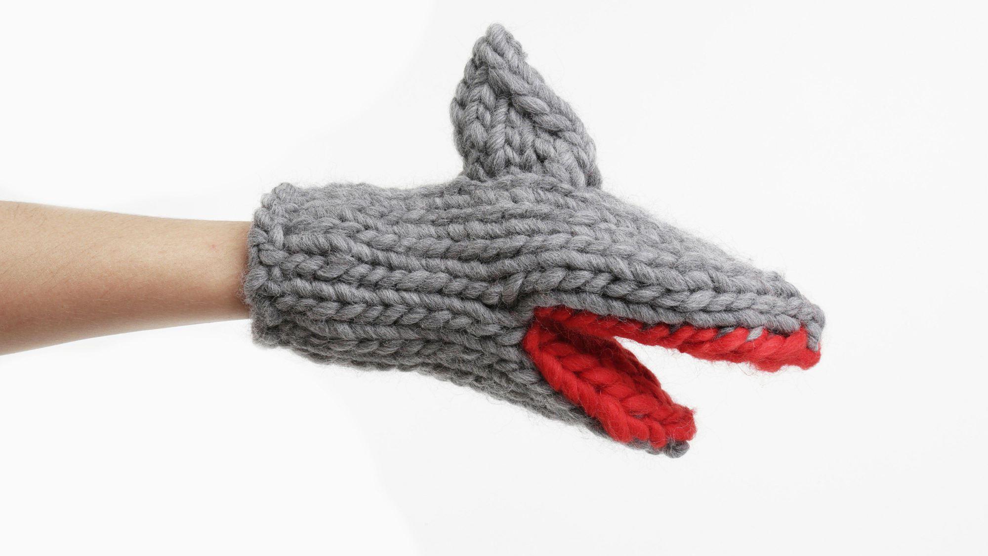 manopla guante tiburón