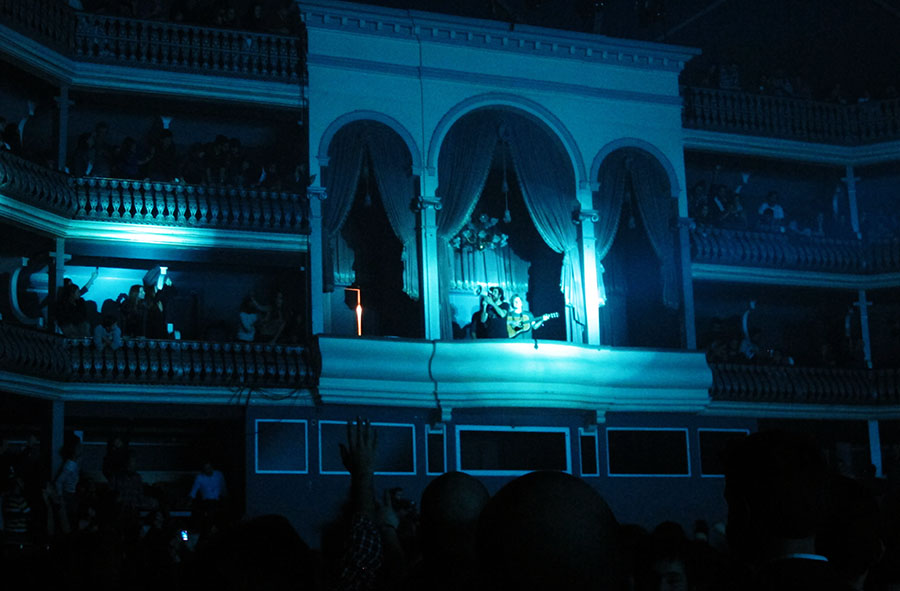 Patrick Watson no palco do Coliseu.