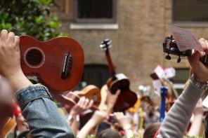 Parade xa co ukelele: 5 instrumentos que molan máis