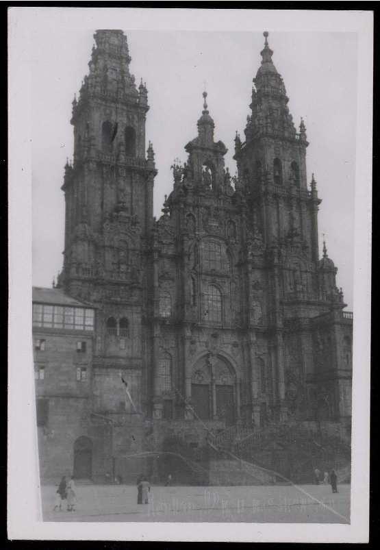 Santiago_de_Compostela_La_Coruña_._Distintas_vistas_de_la_ciudad_Material_gráfico__37